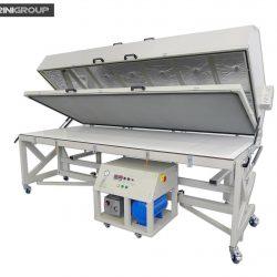 Pressa a membrana Cantarinigroup a 3000×1300 con tavolo ribaltabile